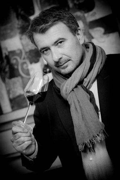 France-Aquitaine-Bordeaux-33-Portrait de Hervé Grandeau, Maison Grandeau Lauduc Viticulteur à Tresses